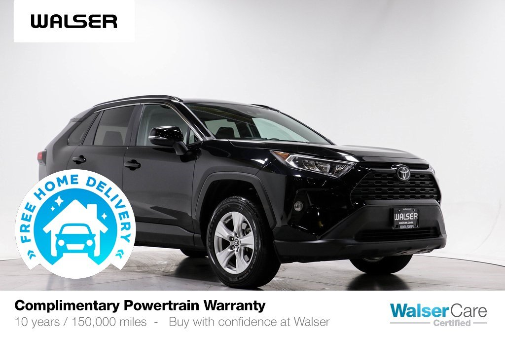 Pre-Owned 2019 Toyota RAV4 XLE AWD