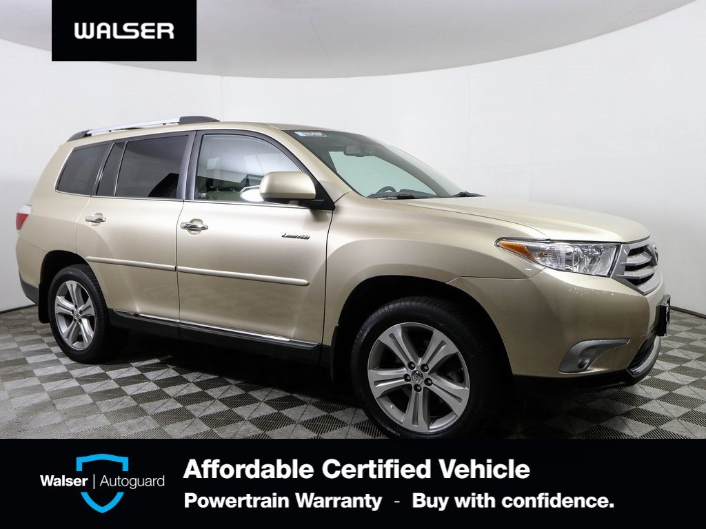 Pre-Owned 2013 Toyota Highlander Limited 4WD
