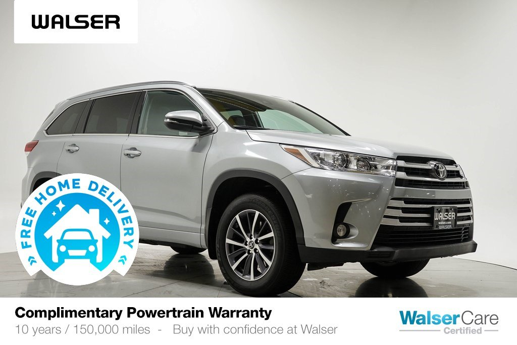 Pre-Owned 2018 Toyota Highlander XLE AWD NAV