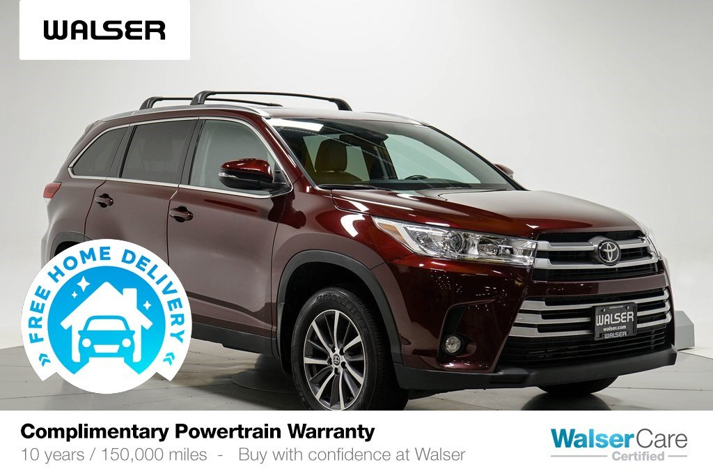 Pre-Owned 2019 Toyota Highlander XLE AWD V6