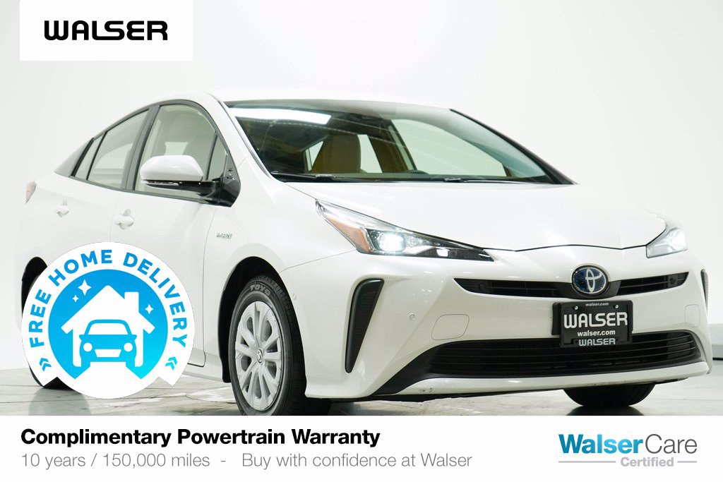 Pre-Owned 2019 Toyota Prius LE
