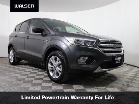 Pre-Owned 2017 Ford Escape SE PANO ROOF HTDSTS