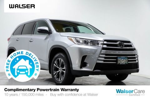 Pre-Owned 2018 Toyota Highlander LE AWD V6