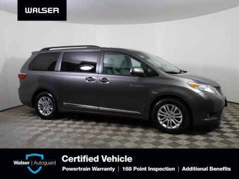 Pre-Owned 2017 Toyota Sienna XLE FWD
