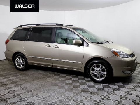 Pre-Owned 2004 Toyota Sienna XLE Limited